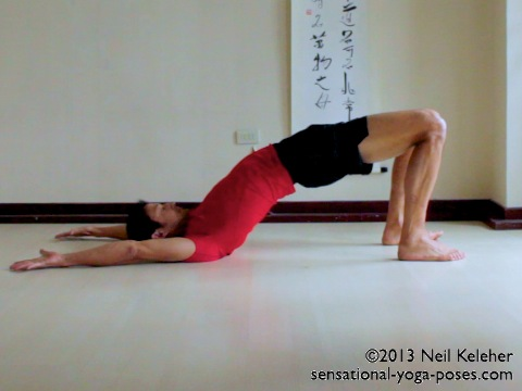 bridge yoga pose, back bending yoga poses, leg strenghtening yoga poses, energizing poses, yoga postures, spinal back bends, neil keleher