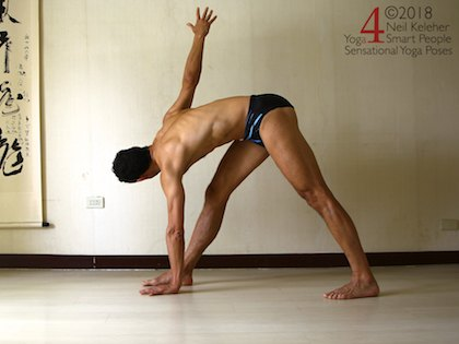 8 reasons to do standing yoga poses